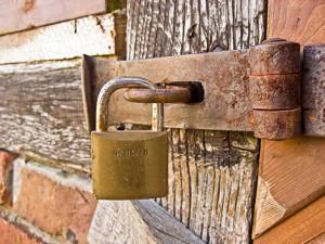 lock_web